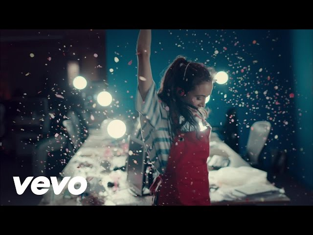 tiesto-oliver-heldens-the-right-song-official-video-ft-natalie-la-rose-youtube-thumbnail