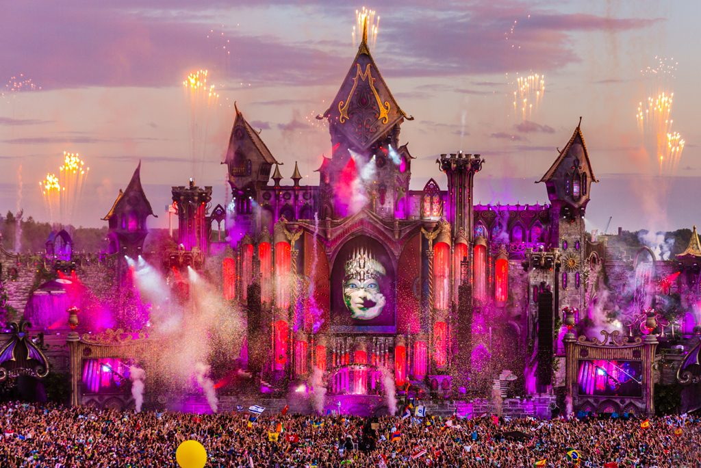 Tomorrowland  Corona